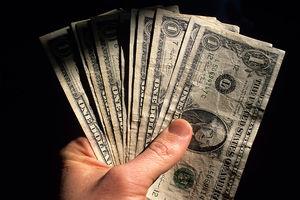 پیش بینی قیمت دلار دوشنبه 24 اذر